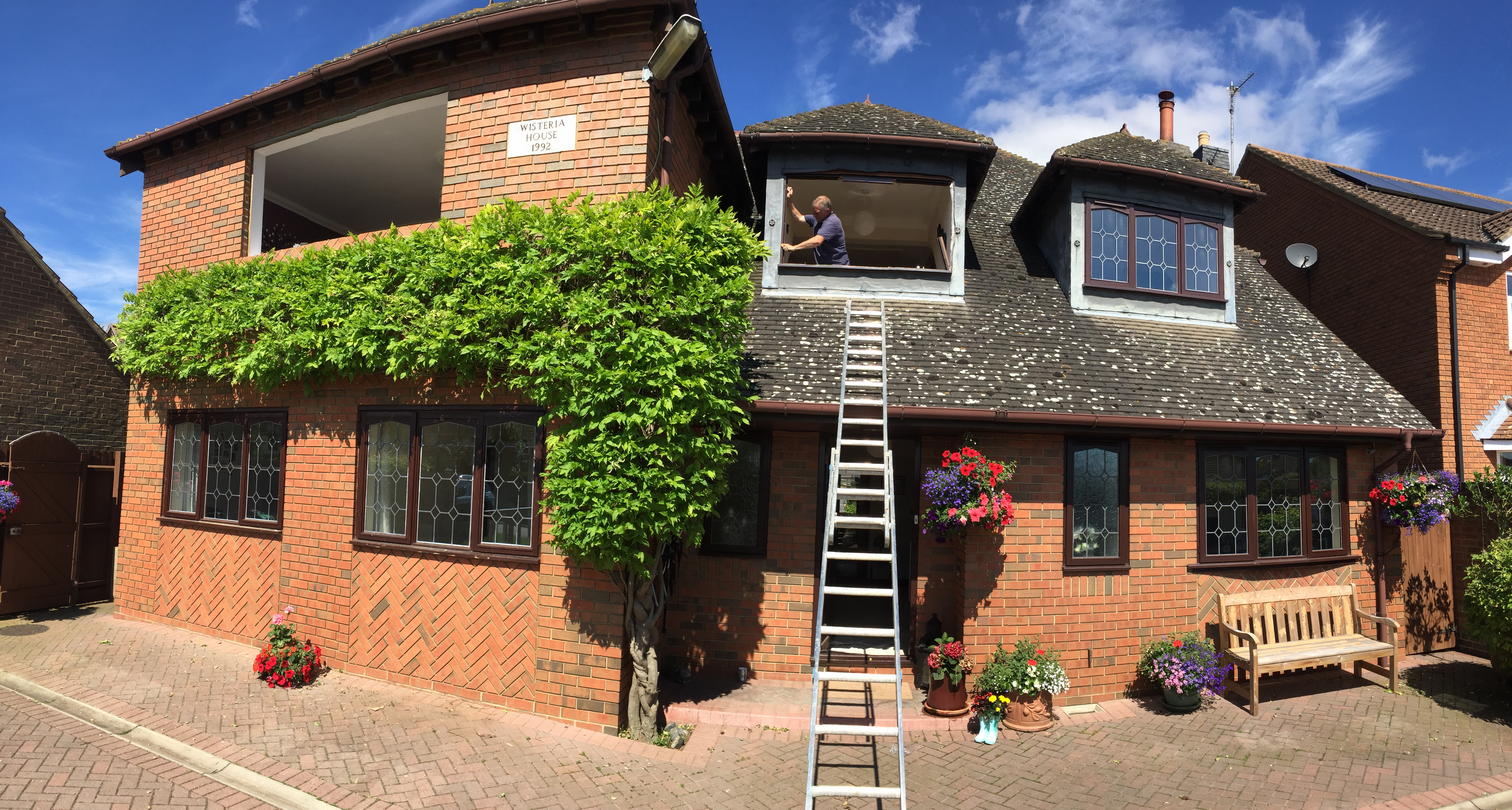 before and after golden oak rehau 70 (3)